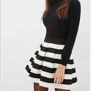 Forever 21 Striped Pleated Skirt